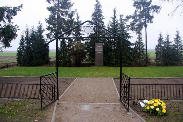 Erneuerte Gedenkstätte